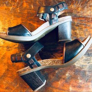 Dansko Wooden Heeled Sandals Sz.39